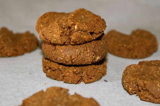Macadamia & Cacao Cookies